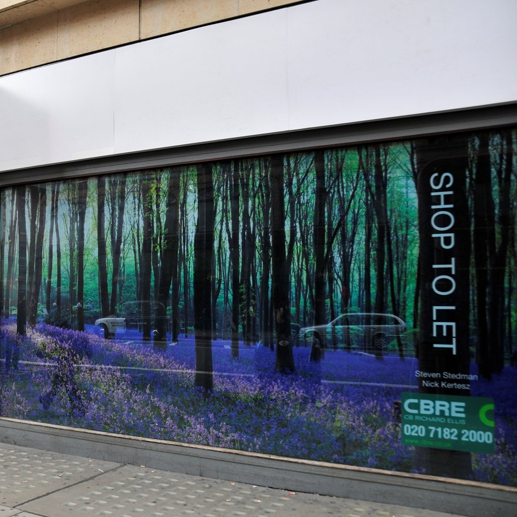 cbre-building-refurbishment-cover-uk-contra-vision-window-vinyl-film