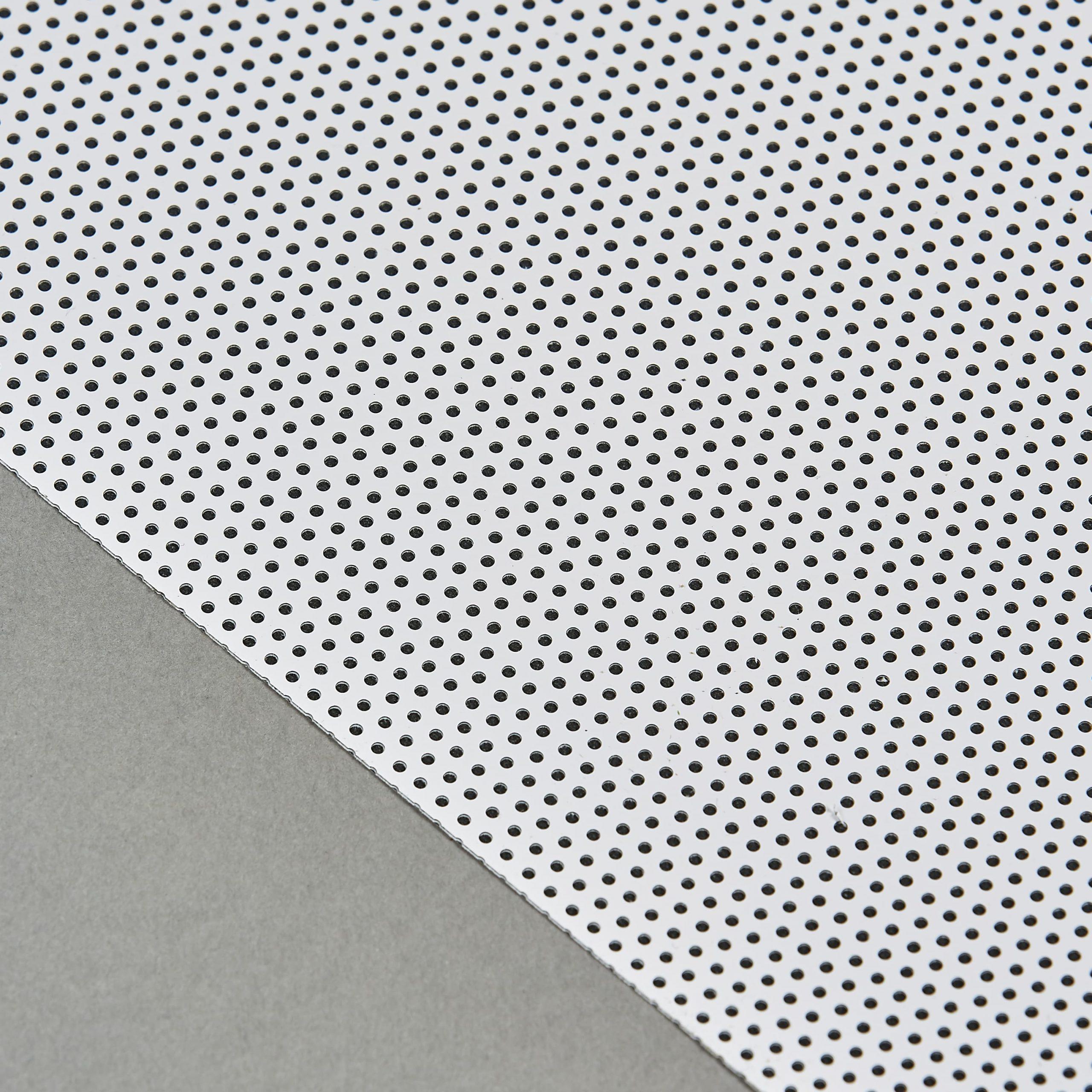 Detail Front White On Black 20% 0