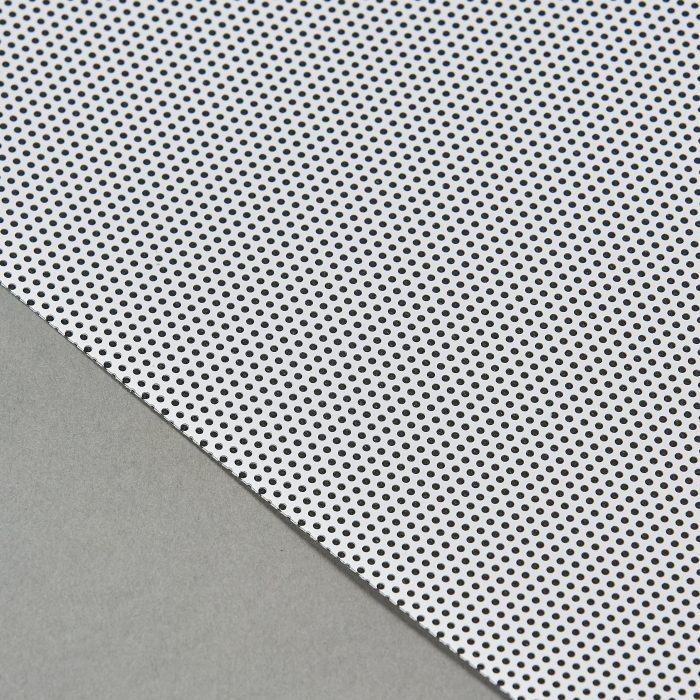 Detail Front White On Black 30% 0