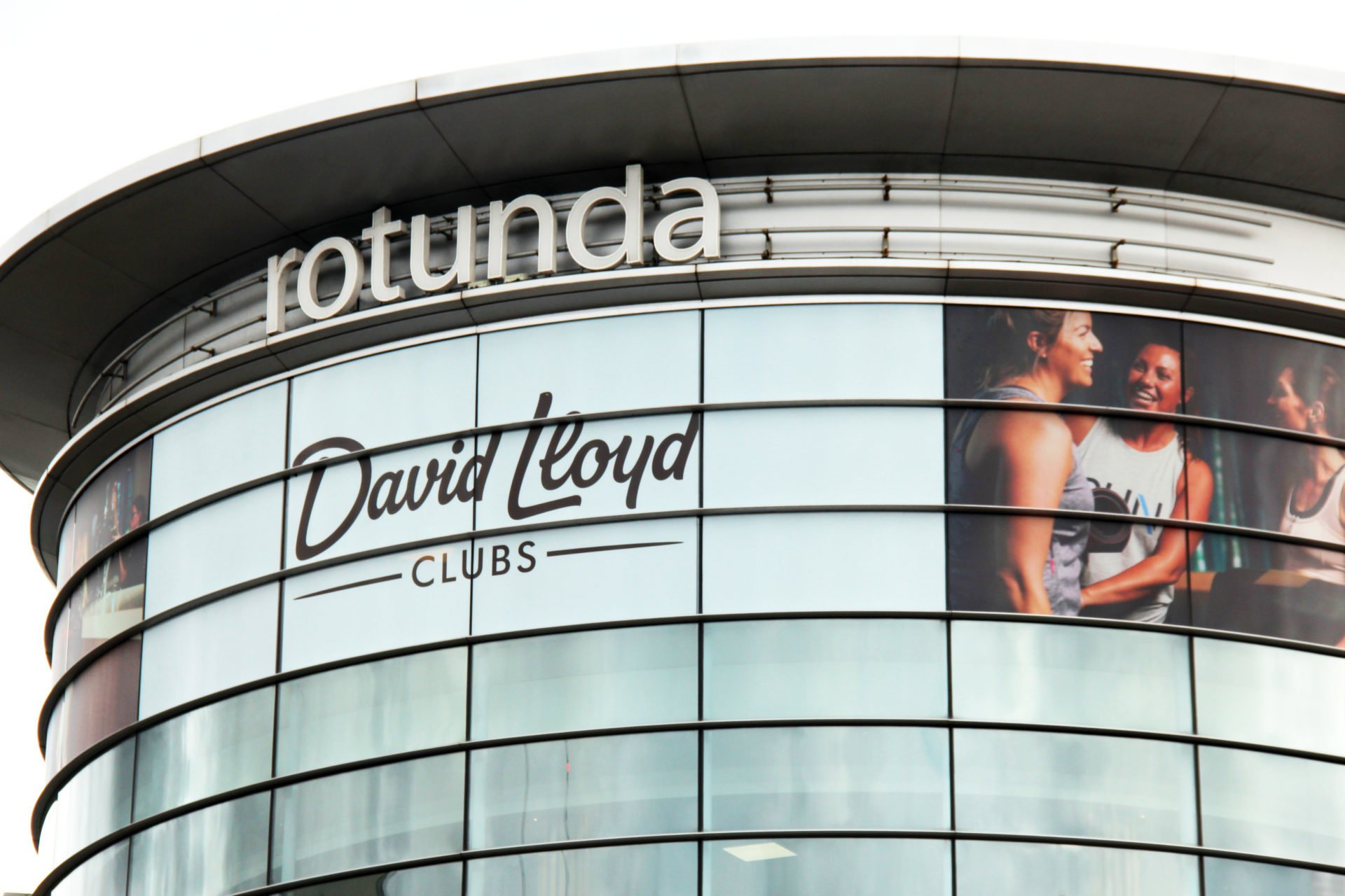 david-lloyd-uk-window-wrap-for-winter