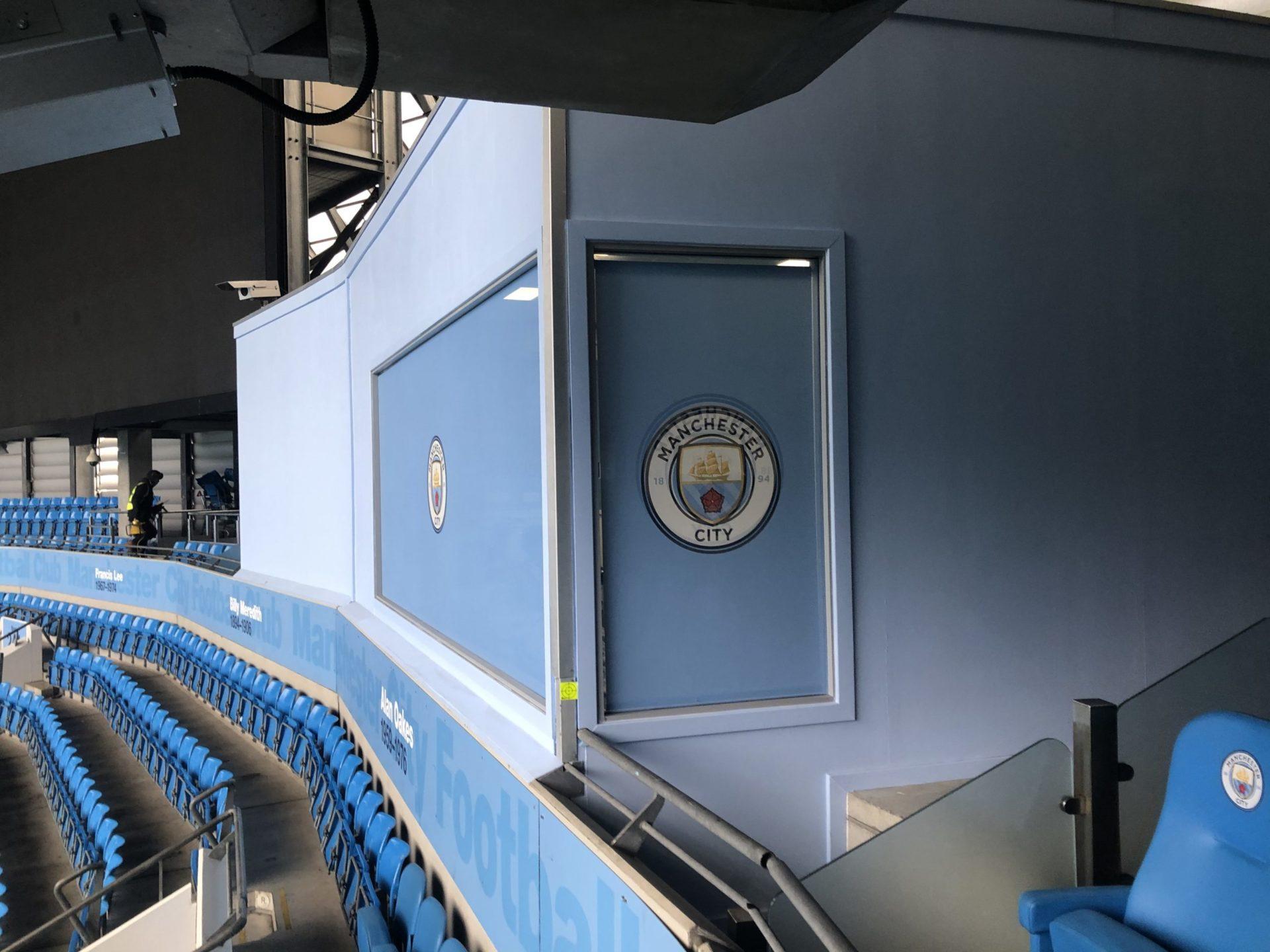 manchester-city-arena-executive-box-window-wrap-contra-vision