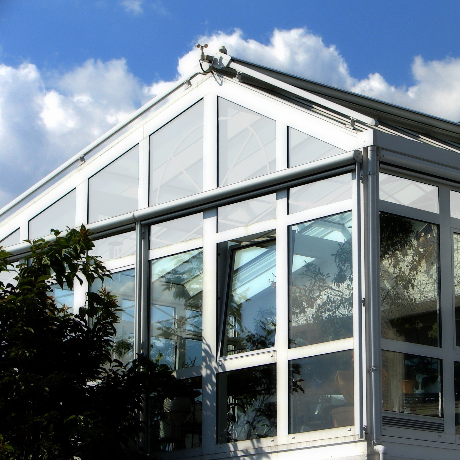 One Way Privacy Window Film for conservatory to reduce solar heat gain